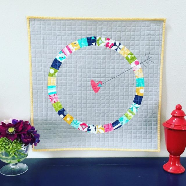 I how my Lovestruck Mini quilt turned out!!! Want tohellip